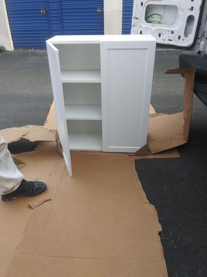 Brand new white kitchen cabinet 36×18×24 for Sale in Columbus, OH