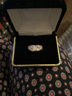 Engagement Ring 💍 3 1/2 karat total weight for Sale in Yucaipa, CA