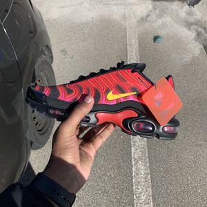 """Nike Airmax Plus """"Supreme Black """" for Sale in Atlanta, GA"""