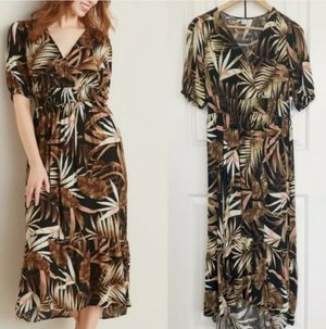 Old Navy hawaiian tropical floral print maxi dress Size XS. for Sale in Peoria, AZ
