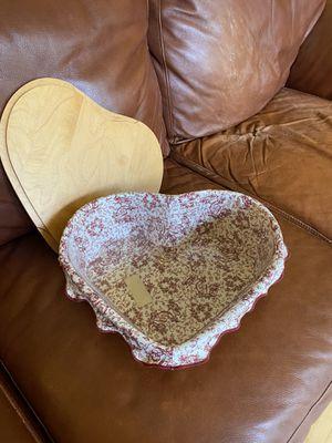 Longaberger Sweetheart Basket Set for Sale in Lancaster, OH