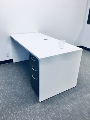 Modern White Desk 5' for Sale in Poway, CA