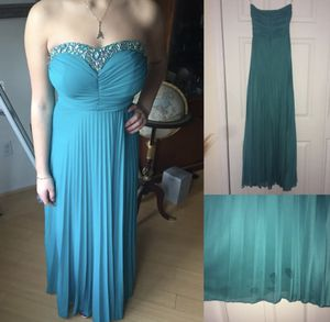 NAME YOUR PRICE Jade Strapless Sweetheart Prom Dress Size 3 for Sale in Cliffwood, NJ