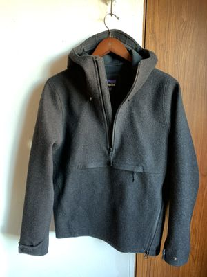 Patagonia wool hoodie and lightweight full zip runners jacket for Sale in New York, NY