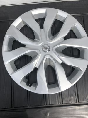 USED- OEM Set of 4x 2014-2019 Nissan Rogue Wheel Covers for Sale in New Britain, CT