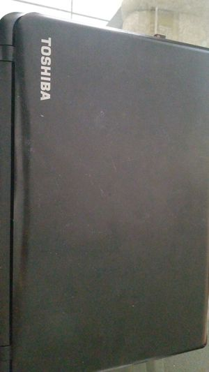 Laptop Toshiba Satellite C55-B for Sale in Lake Worth, FL