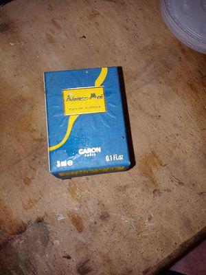 Aimez-moi caron boxed fragrance mini for Sale in Burien, WA