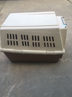 Giant Dog Crate for Sale in Bellaire, TX