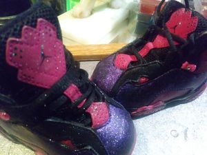 Girl custom toddler J's sz 4 for Sale in Denver, CO