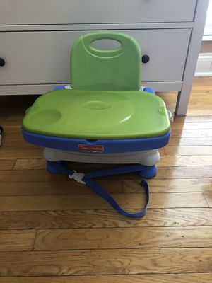 Fisher price Booster seat for Sale in St. Louis, MO