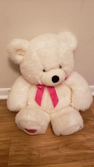 "White teddy bear 24"" tall for Sale in Alpharetta, GA"
