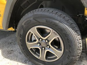 245/75/17 tires and wheels. for Sale in Miami Beach, FL