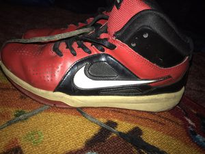 Nike shoes boys for Sale in Reedley, CA