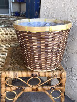 Vintage Wicker Plant Basket for Sale in Phoenix, AZ