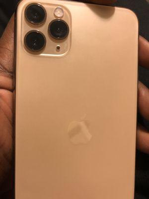 iPhone 11 max pro 256gb for Sale in Trenton, NJ
