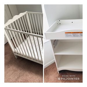 Crib and/or changing table! White for Sale in Miami, FL