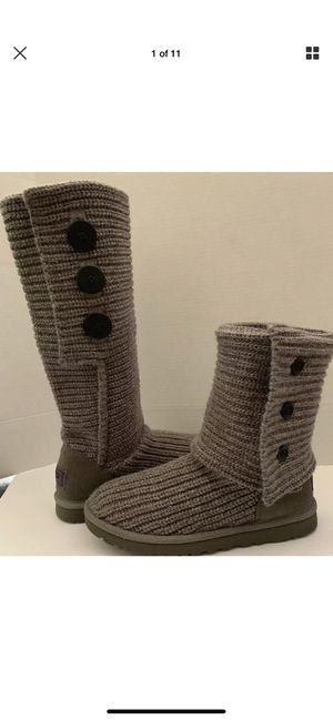 Women's Shoes UGG Australia Classic Cardy Merino Wool Boots 5819 Grey Size 8 for Sale in Mesa, AZ
