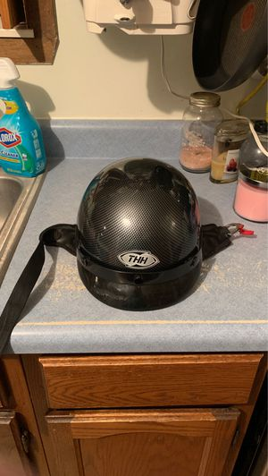THH DOT motorcycle helmet Large for Sale in Knoxville, TN