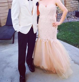 Prom dress for Sale in Lancaster, CA