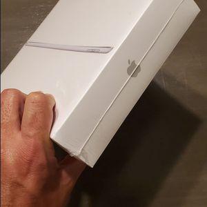 iPad 6th Gen Brand New Sealed! for Sale in Miami, FL