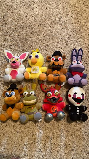 Five nights at Freddy plushies collectibable item for Sale in Cibolo, TX