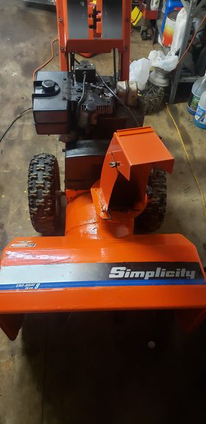Simplicity snow blower for Sale in New Lothrop, MI