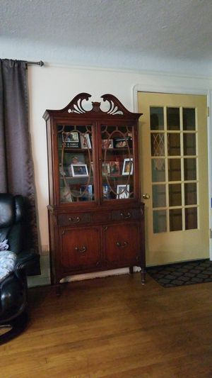 Bernhardt Furniture Antique China Cabinet for Sale in Parma Heights, OH