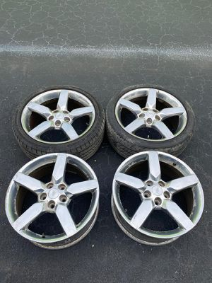 Rims 19 Chevrolet 5 lugs 120 mm for Sale in Cooper City, FL