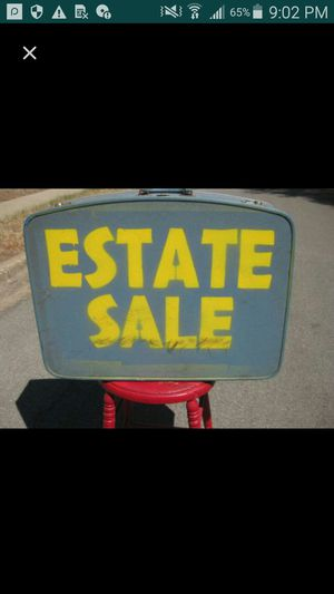 Beautiful furniture, lamps, tvs, rugs,,,,etc for Sale in Silver Spring, MD
