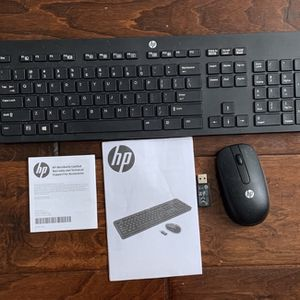 HP Bluetooth Keyboard And Mouse Combo- New for Sale in Thousand Oaks, CA