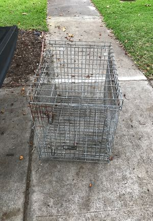 Dog crate / medium to large size metal animal cage for Sale in Belle Isle, FL