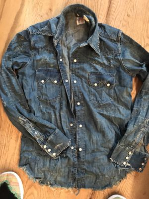 LEVI'S VINTAGE CLOTHING WESTERN DENIM SHIRT for Sale in New York, NY