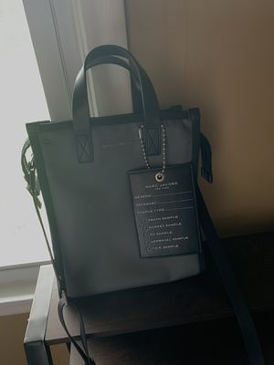 MARC JACOBS CROSSBODY BAG for Sale in Macedonia, OH