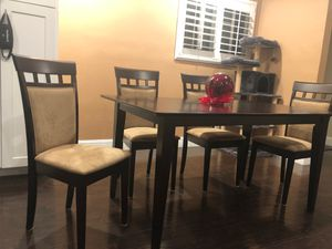Dining table with chairs for Sale in Dublin, CA