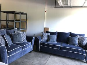 Couch and love seat for Sale in Cuyahoga Falls, OH