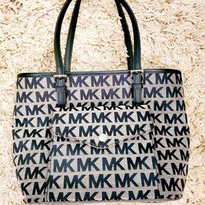 Michael Kors Tote bag for Sale in Penbrook, PA