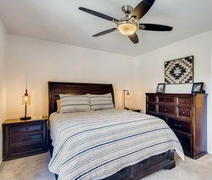 Queen Bedroom Set for Sale in San Diego, CA