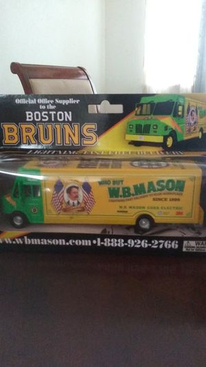 Wb Masons Boston Bruins for Sale in Fresno, CA