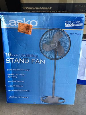 "Lasko 16"" oscillating tower fan like new excellent condition never used comes in original box for Sale in Las Vegas, NV"