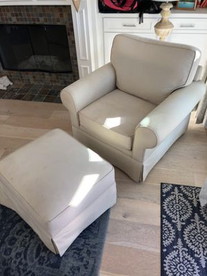 Armchair & ottoman set for Sale in San Clemente, CA