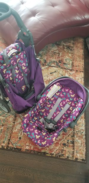 COSCO STROLLER AND CARSEAT for Sale in Detroit, MI