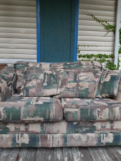 Small couch, love seat for Sale in Pittsburgh,  PA