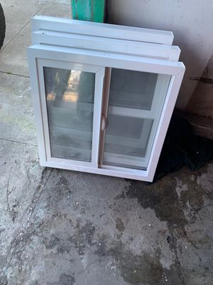 Small window for Sale in Lawndale, CA