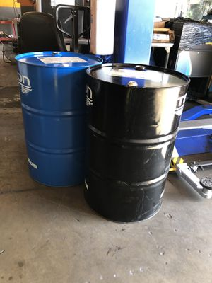 2 metal drums (excellent condition ) $35 both for Sale in Chula Vista, CA