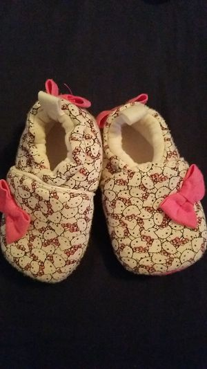 Hello kitty baby shoes for Sale in Houston, TX