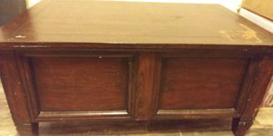 Coffee table / chest for Sale in Port Richey, FL