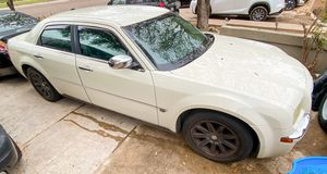 Chrysler 300c 2005 for Sale in Laredo, TX