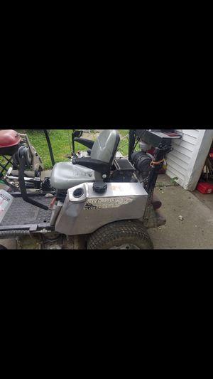 Ride on lawn mower for Sale in Detroit, MI