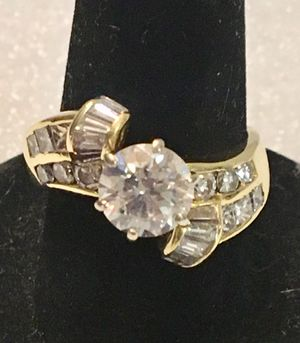 18K Yellow Gold Large Diamond Wedding Ring for Sale in Los Altos, CA