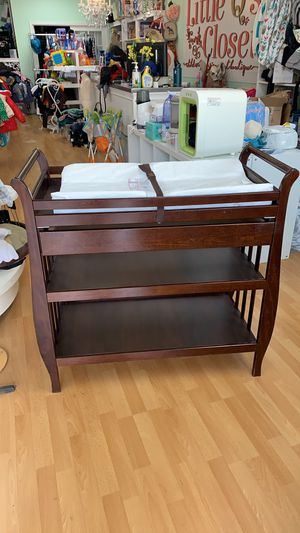 Million Dollar Baby Changing Table for Sale in Yorba Linda, CA